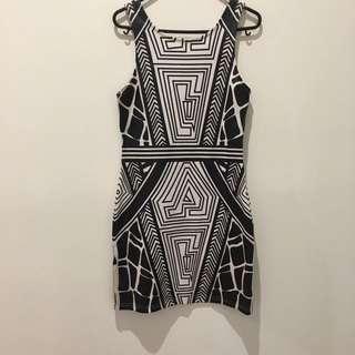 Size 10 Aztec Print Dress