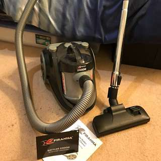 Piranha Battler Vacuum Cleaner