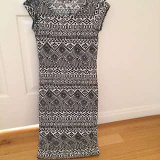 Size S Vero Moda Aztec Print Bodycon Dress