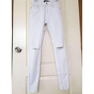 COUNTRY DENIM White Ripped Jeans