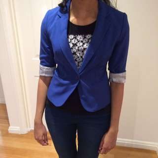 Size S Cropped Blazer With Striped Lining