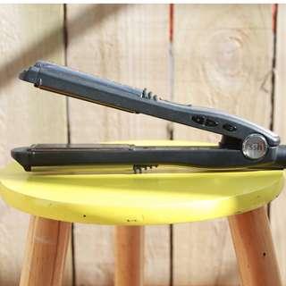 VS -SASSOON HAIR STRAIGHTNER