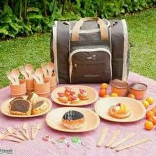 tulipware picnic set