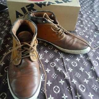 Airwalk Brown