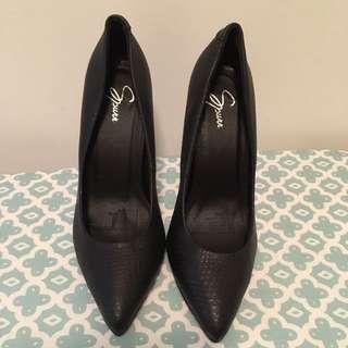 SPURR women's Black Leather Look Heels points Pumps