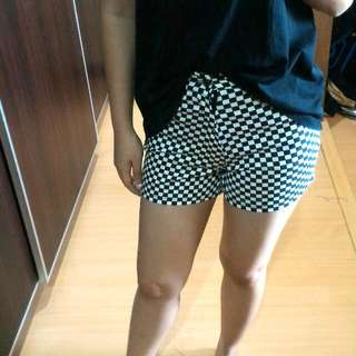 Short Pants Kotak Kotak