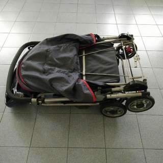 Stroller With Free Gift