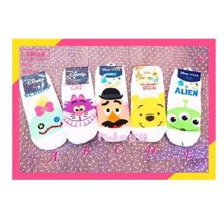 ♥Pinkの寶舖♥韓國 正品 卡通風格 迪士尼 奇奇 小熊維尼 三眼怪 大眼仔 醜丫頭 棉質透氣短襪襪子 特價$39
