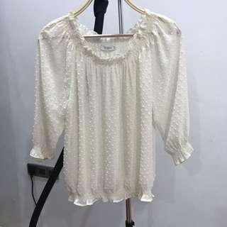 Baju Putih Transparan