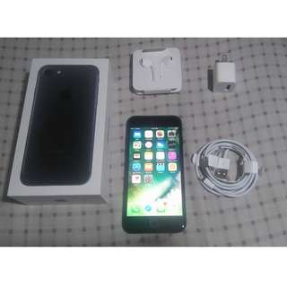 Brand new iphone 7 (32gb) Jet black - Globe locked