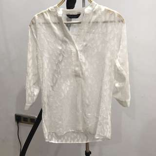 Baju Transparan Putih Bermotif