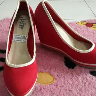 TLTS Red Wedges