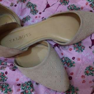Talbots Studded Beige Flats Size7M,used once only.