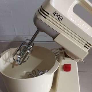 Iona Hand Mixer