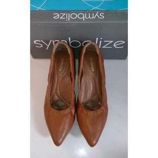 TURUN HARGA - FREE Ongkir JABODETABEK - Sepatu symbolize coklat muda