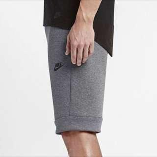 Nike 防水拉鍊短褲805161