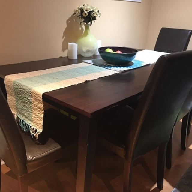 7 Piece Dining Table (6 Chairs 1 Table)