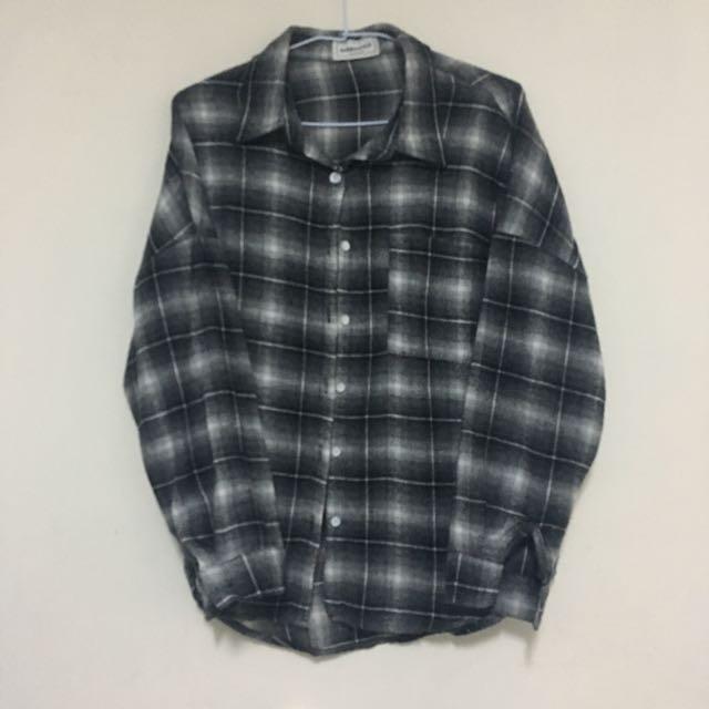 黑格紋外套