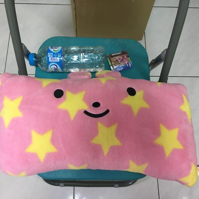 粉色太空兔抱枕