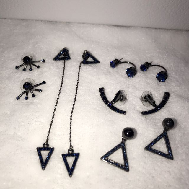 Accessories Bundle ( Earrings)