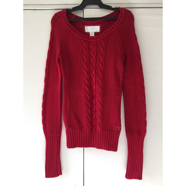 American Eagle Outiftters Sweater