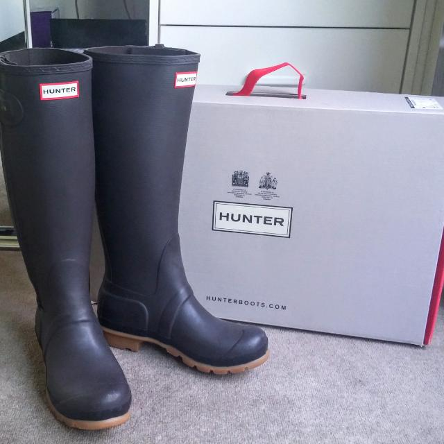 Authentic Hunter Boots Size 6