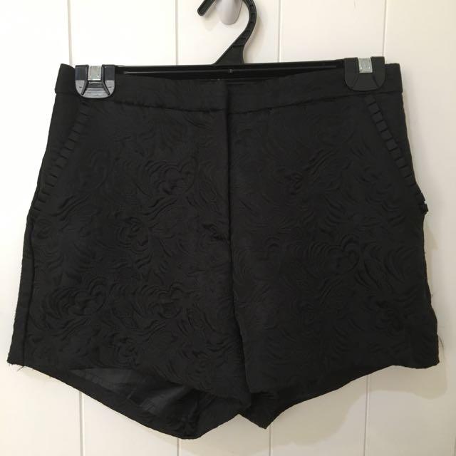 Black High Wasted Flowey Shorts