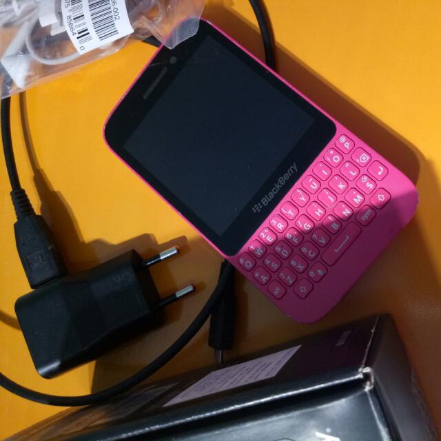 Blackberry Q5 Pink (langka)