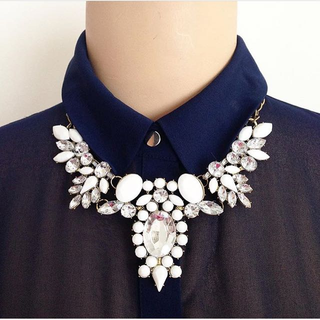 Crystalize White Necklace SG