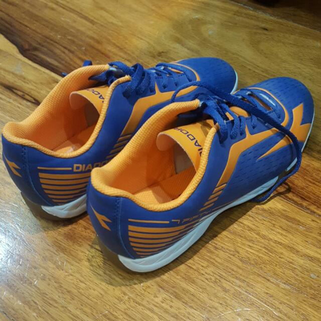 Diadora Futsal Shoes