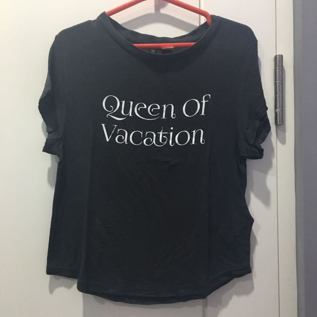 Divided by H&M; Queen of Vacation