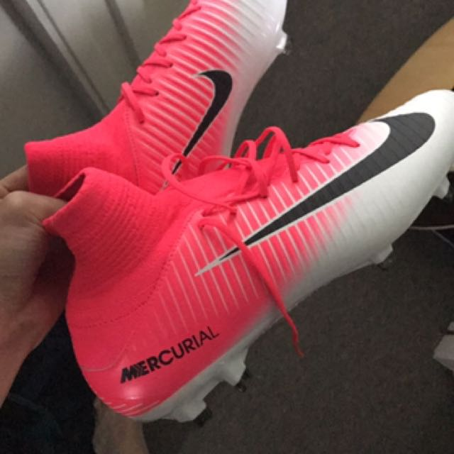 Football Shoes - Nike Mercurial Veloce III DF FG Soccer Cleat