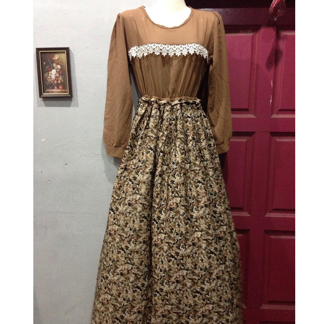 [FREEPOS} Floral Dress
