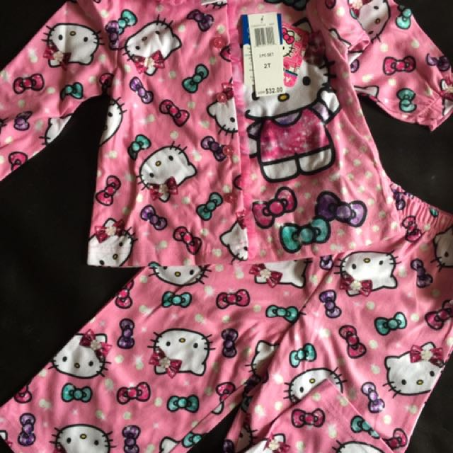 Hello Kitty Flannel Pyjama Set 2pc Size 2 New
