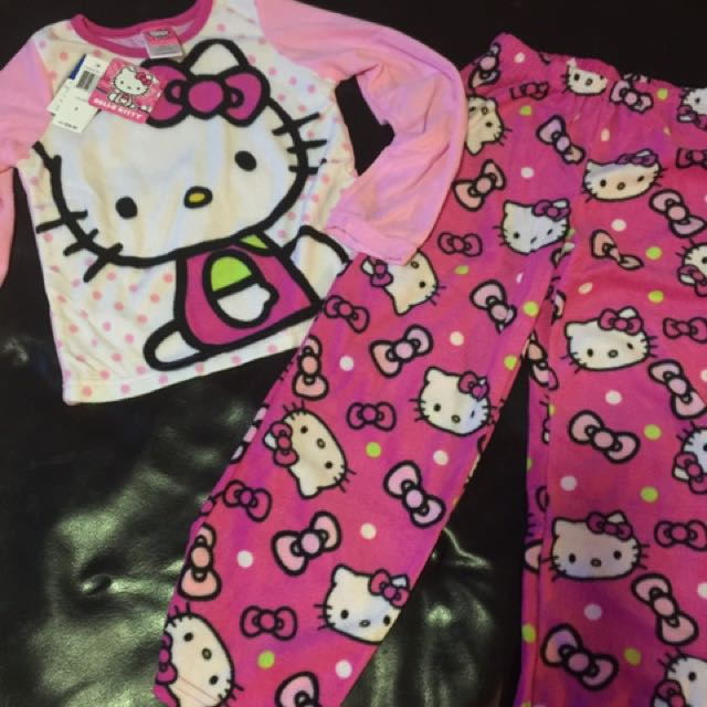 Hello Kitty Pyjama Set Flannel 2pc Size 8 New