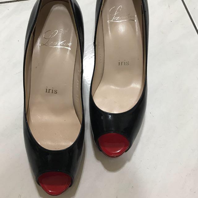 Iris 黑色漆皮紅底高跟鞋 Size36