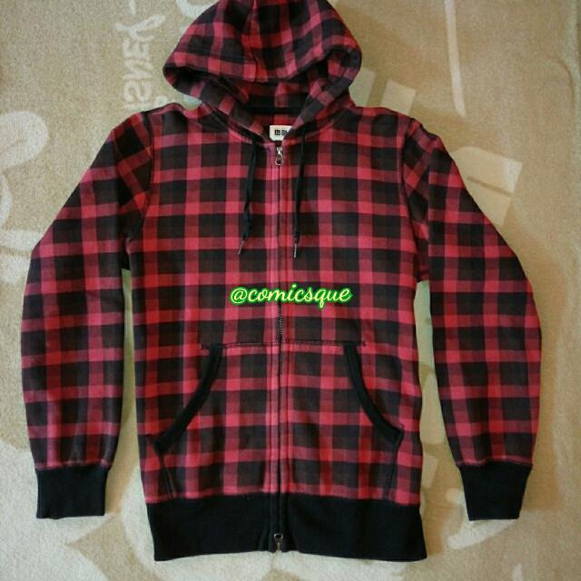 Jaket Zip Hoodie Uniqlo Original