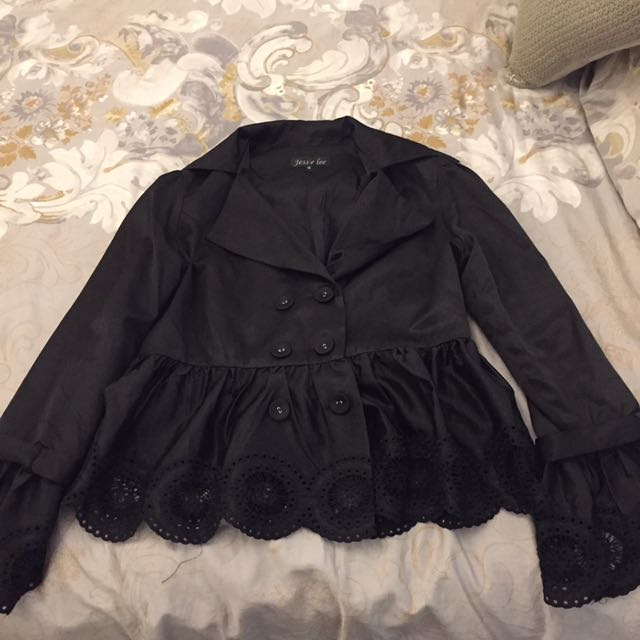 Jessie Lee Size M Peplum Lace Detail Jacket