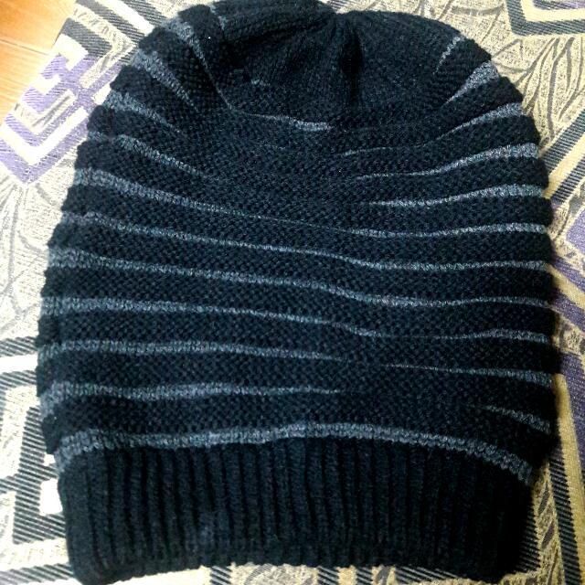 Knitted Black Bonnet !