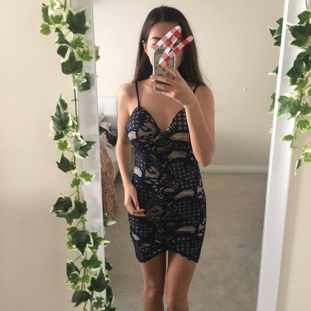 lace dress 🌻