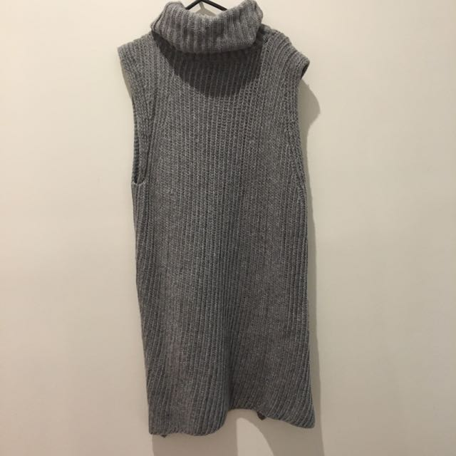 Medium County Road Turtle Neck Sleeveless Knit