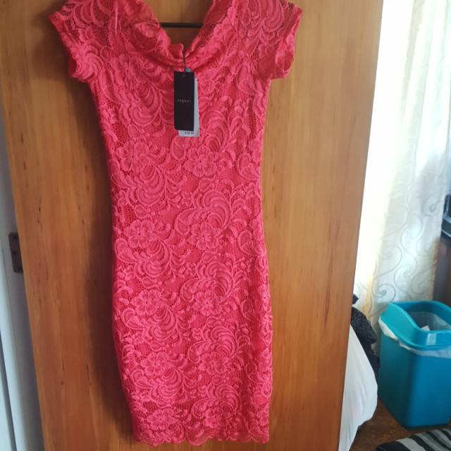 Off The Shoulder Bodycon Dress Size 6