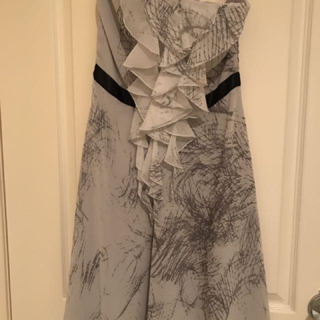 Pilgrim Dress (Size 6)