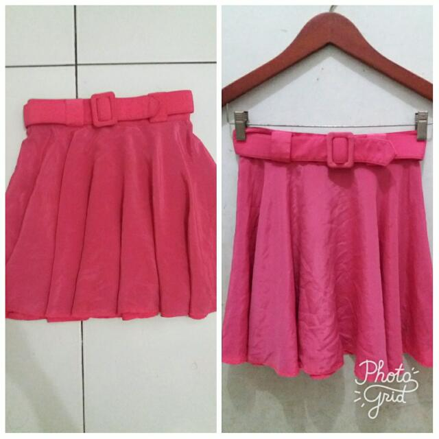 Pink Skirt With Belt