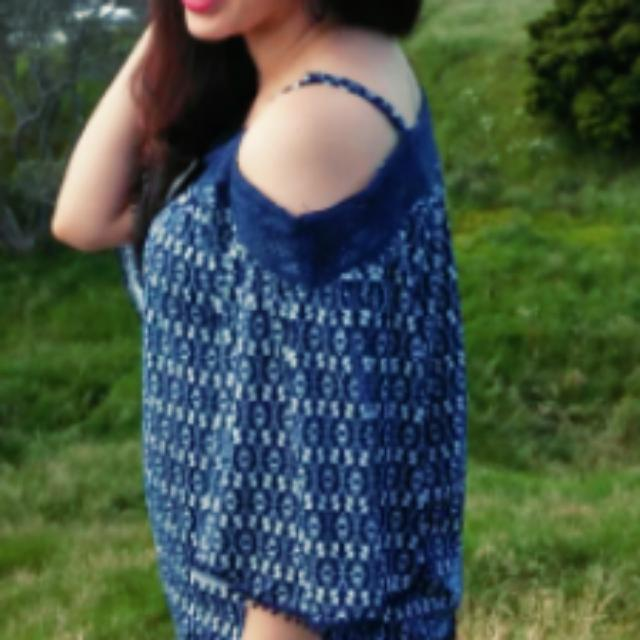 Pretty Blue Patterned Top