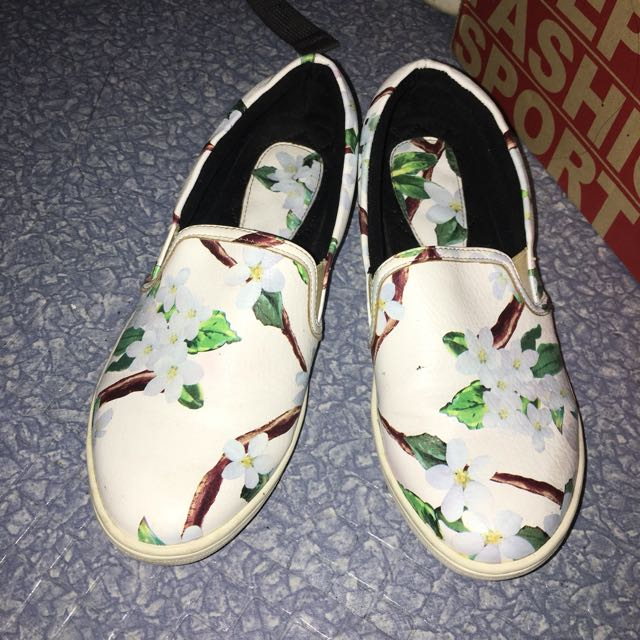 Primadonna Floral Slip On Sneakers