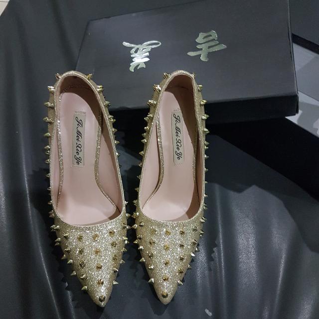 Sepatu Merk Ji Mei Xie Ye  Uk 37