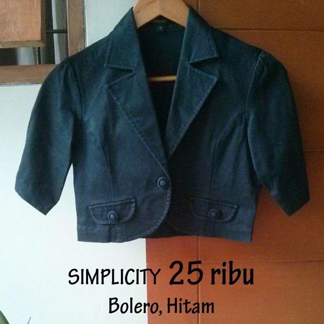 Simplicity Crop Blazer size L