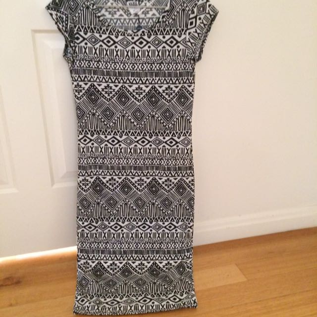 Size S Vero Moda Aztec Print Bodycon Dress