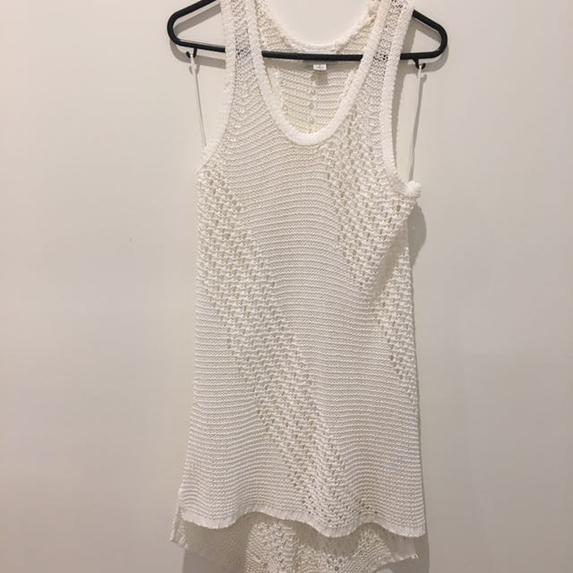 Small Loose Knit Witchery Singlet Top